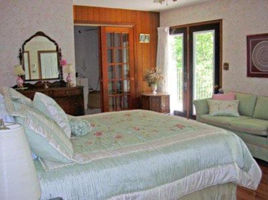 Foto de Lioness Lake Bed & Breakfast