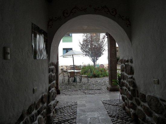 Inkarri Hostal:                   Interior del hostal