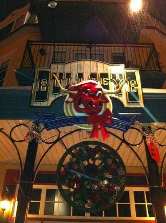 Tour des Voyageurs:                   Bull's Eye restaurant
