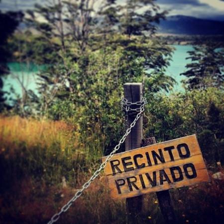 Patagonia Camp:                   cachoeira