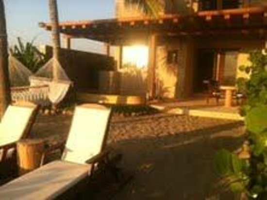 Las Palmas Beachfront Villas:                                     Backyard of room # 7 Ocean suite