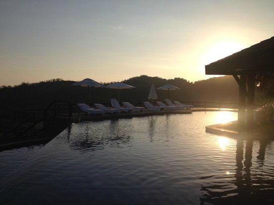 Hotel Punta Islita, Autograph Collection :                                     Infinity pool
