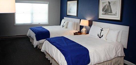 Pontiac Lodge: Standard Room, two queen beds