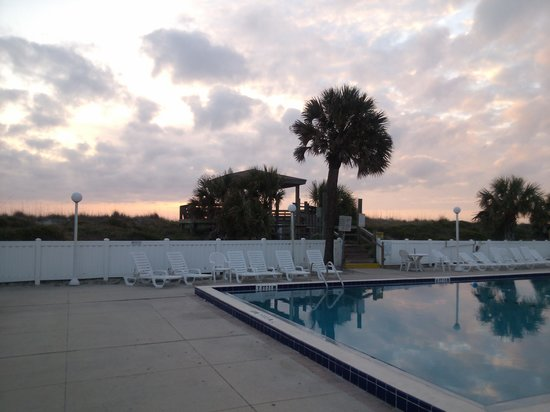 Holiday Isle Oceanfront Resort:                   pool view