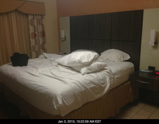BEST WESTERN Bayfront:                   kingsize bed