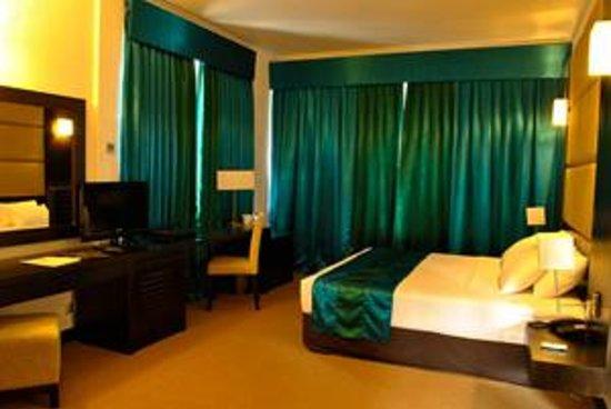 Peacock Beach Hotel