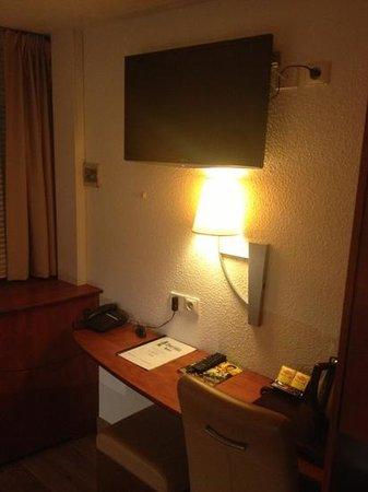 Green Hotels Confort:                   télévision