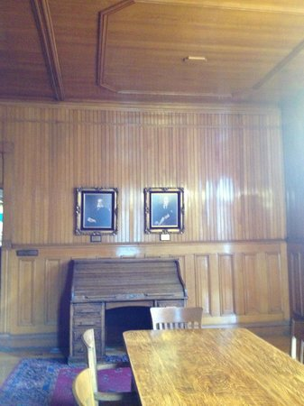 Bisbee Mining & Historical Museum :                                     The boardroom