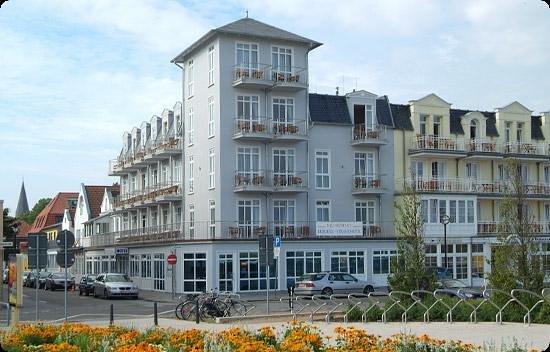Residenz strandhotel warnemunde germany hotel reviews for Warnemunde strand hotel