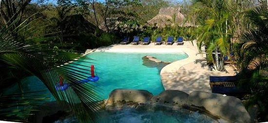 Sol y Luna Lodge: Piscina / Pool