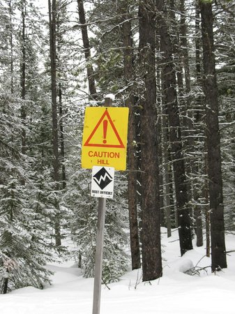 Izaak Walton Inn:                                     Ski trail marking