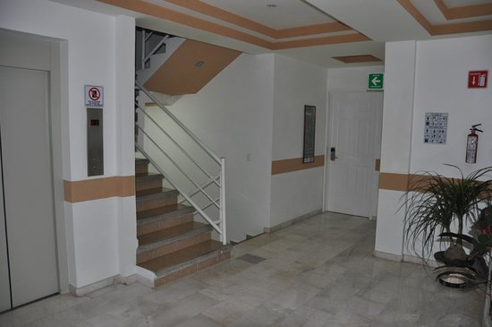 Hotel Irekua:                   Hallway, view to front and stairs