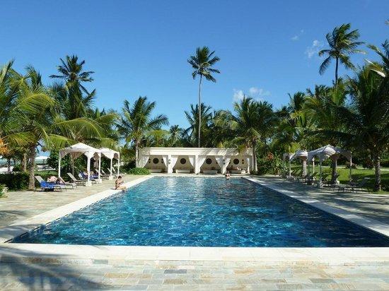 Baraza Resort & Spa:                   Exterior