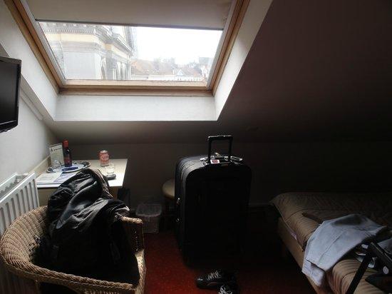 Hans Memling Hotel:                   Vista desde la habitacion