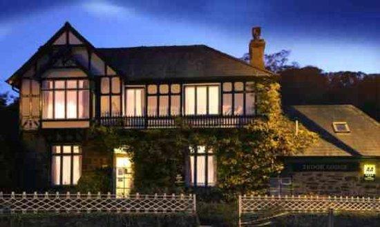 Photo of Tudor Lodge Porthmadog