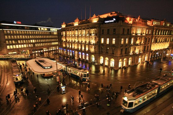 Savoy Baur En Ville:                                     Paradeplatz at night