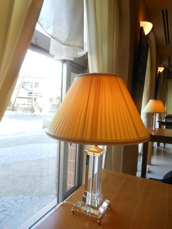 Restaurant omi:                   店の雰囲気
