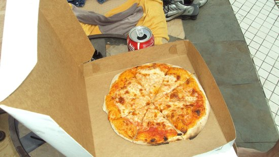 Sandals Grande Antigua Resort & Spa:                   Pizza is fresh and made quickly