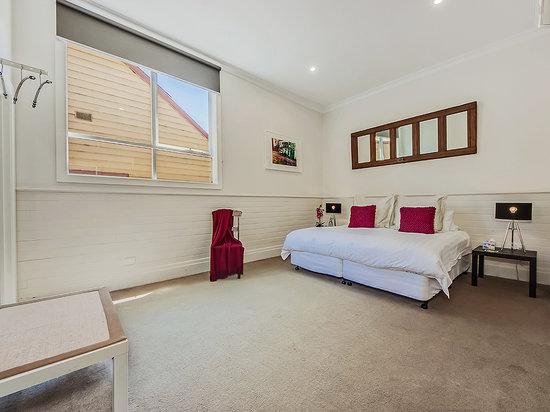 Tuck Inn Yarra Valley: Tuck Inn King Bedroom