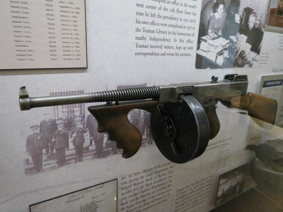 The Money Museum:                   Machine gun used by security during the 1920s