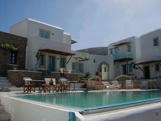 Ampelos Resort
