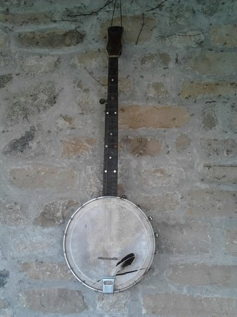 Applewood Hollow Bed and Breakfast:                   This banjo was Jane's first banjo that she got when she was in highschool!