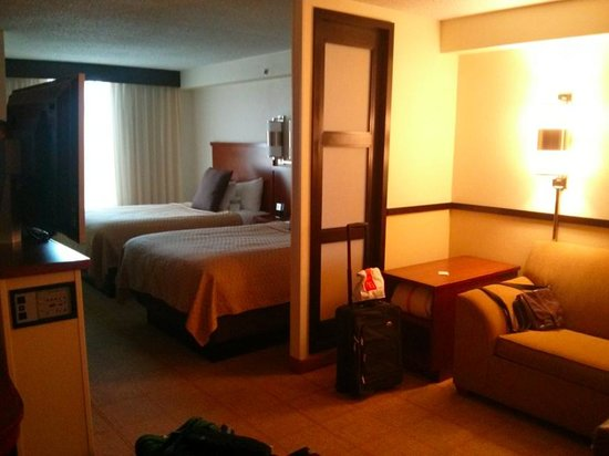 Hyatt Place Oklahoma City Airport :                   Double Room