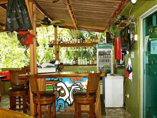 Captain Jack's Canopy Bar and Restaurant : Bar