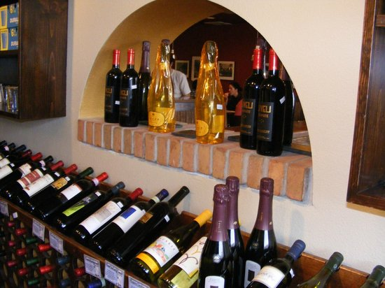 Il Ritrovo:                   Nice wine collection