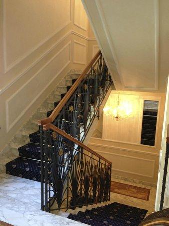 Hotel Manzoni:                                                       stairwell