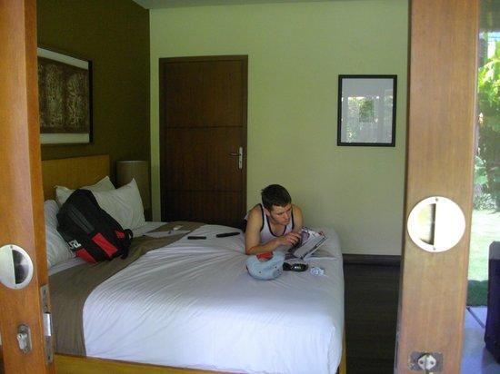 Abadi Villas:                   Bed 2