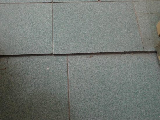 Be Live Experience Hamaca Garden:                   Tiles in our room....trip hazard