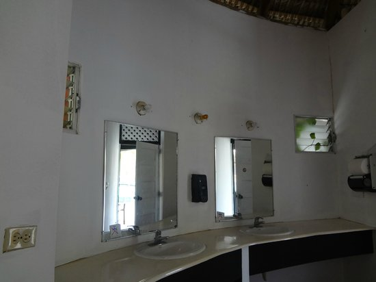 Be Live Experience Hamaca Garden:                   another public bathroom with only one light bulb working