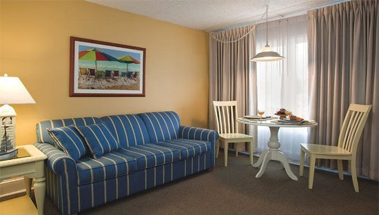 The Concord Suites: Living room