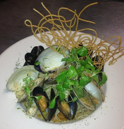 Jerry & The Mermaid: Steamed Local Mussels, Clams & Scallops over Cappellinni w/ Mache