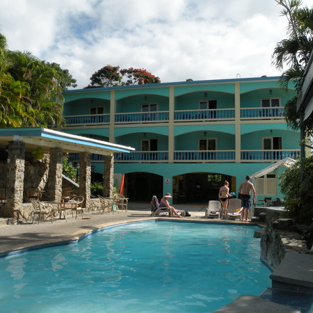Lazy Parrot Inn :                                     pool and new hotel building