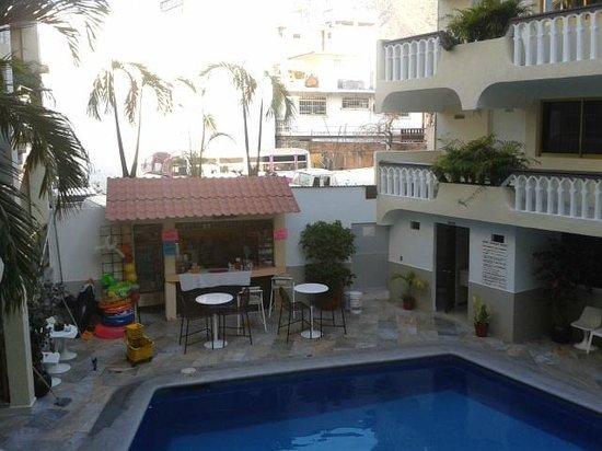 Acapulco Diana:                   Tienda dentro del hotel.