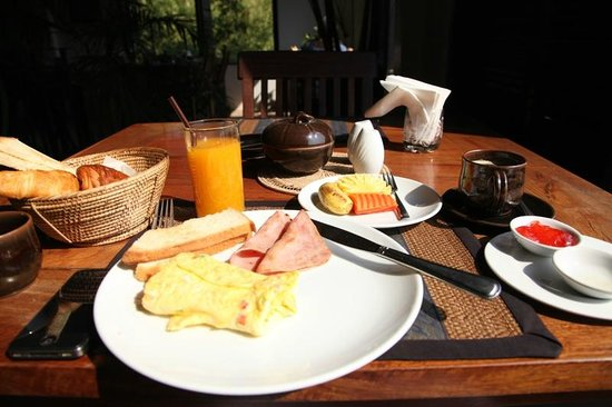 Bunwin Boutique Hotel:                                     breakfast