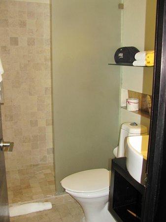 Hotel El Punto:                   La ducha