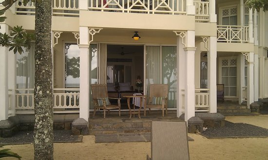 Heritage Le Telfair Golf & Spa Resort (Closed for renovation):                   View of my Beach room ground floor