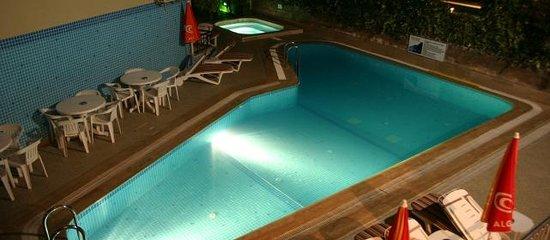 Hotel Bonjour Foto