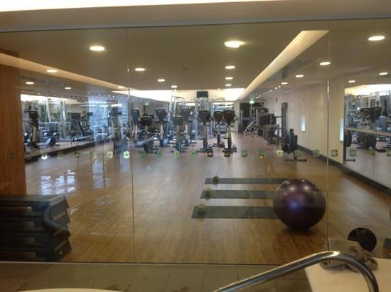 Shangri-La Hotel Sydney:                   Gym