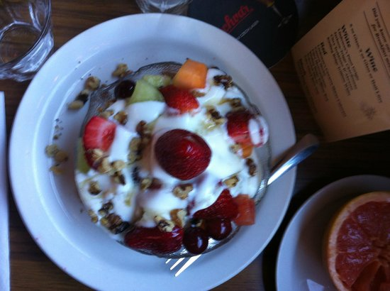 Mayflower Restaurant and Pub:                   Fruit and Yogourt