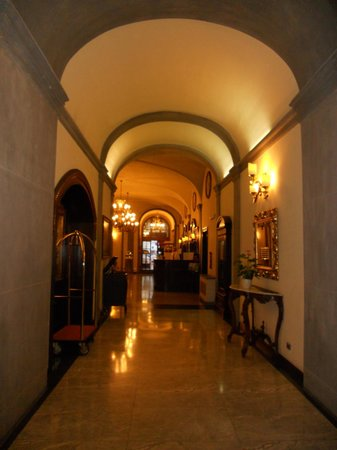 B4 Astoria Firenze:                   The lobby