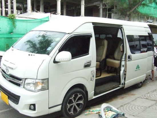 Aree Tara Resort:                   Hotel Airport Transfer