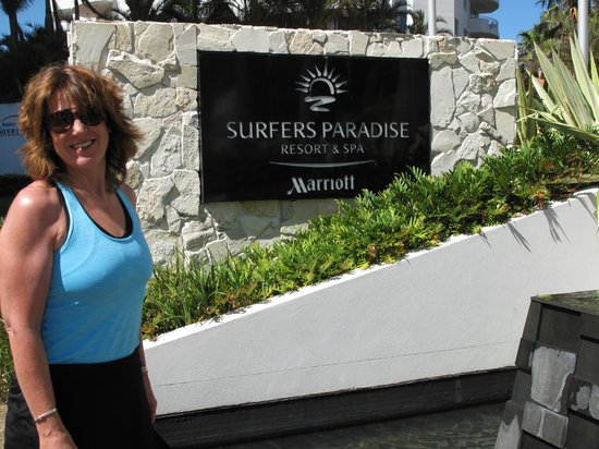 Surfers Paradise Marriott Resort & Spa:                   Main entrance