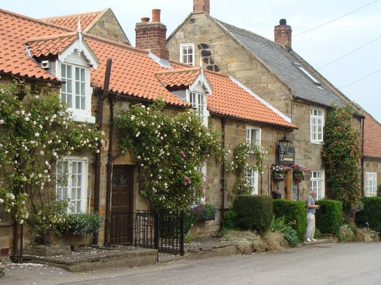 Ellerby Country Inn: Inn Exterior