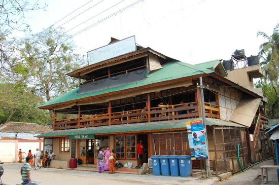Barefoot Bayside Brasserie (B3)