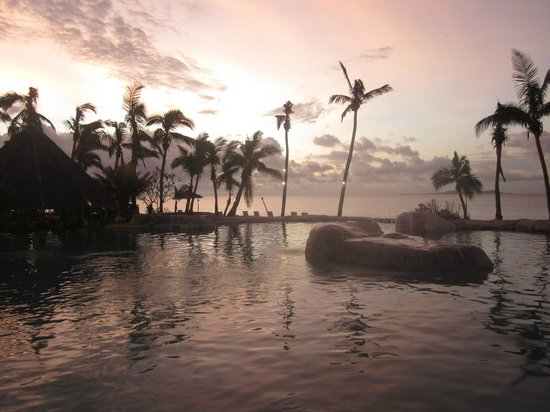 Sonaisali Island Resort Fiji:                                     Sunset at pool