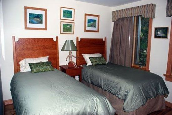 Hotel Floyd: Twin bedroom in 2 bd suite